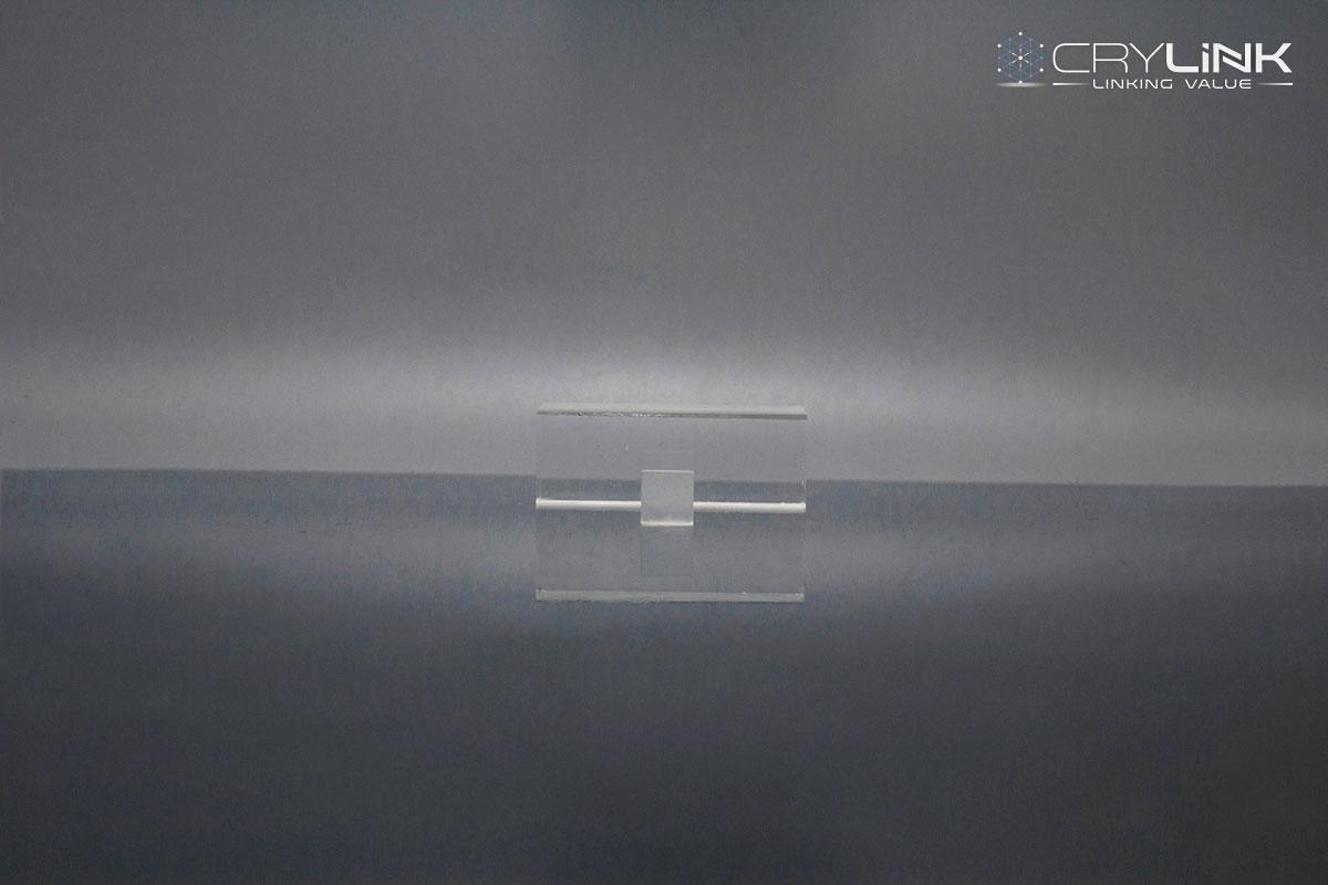 LaCl3-Crystal-Halide-Crylink